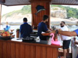 Passeio de barco até as Ilhas Cagarras: vibes Região dos Lagos na capital!
