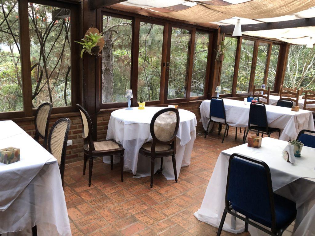 Restaurante da Pousada Paraíso em Itaipava